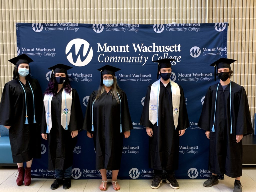 Gateway to College 2021 Graduates
