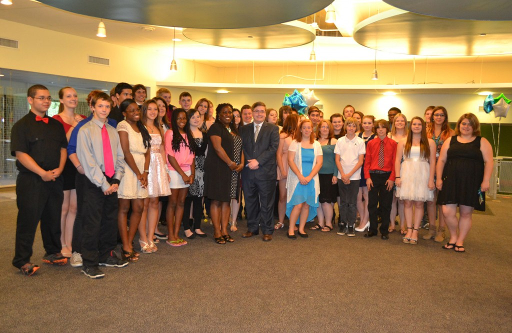 Group photo of the Upward Bound Math and Science students and staff with Rep Jon Zlotnik
